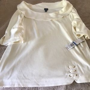 NWT light weight 3/4 sleeved off the shoulder top